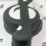 Music G clef groom cake