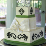 Damask rhinestone bow square wedding cake