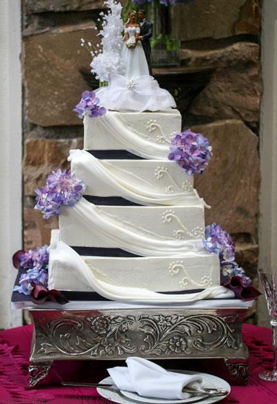 Purple And White Drape Wedding Cake Cakes Bakes